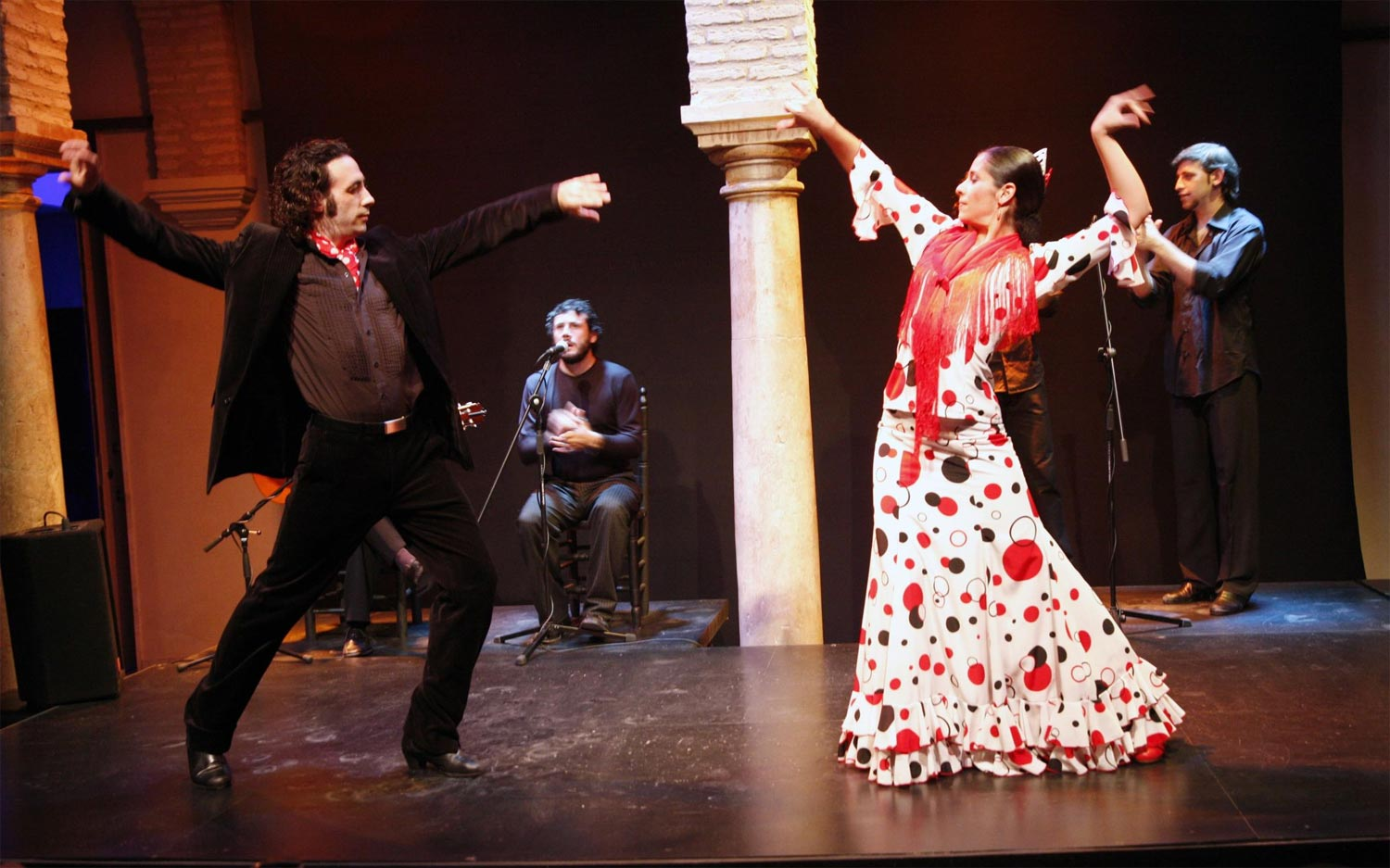 Hotel maestranza sevilla flamenco tickets reserve your for Espectaculo flamenco seville sevilla
